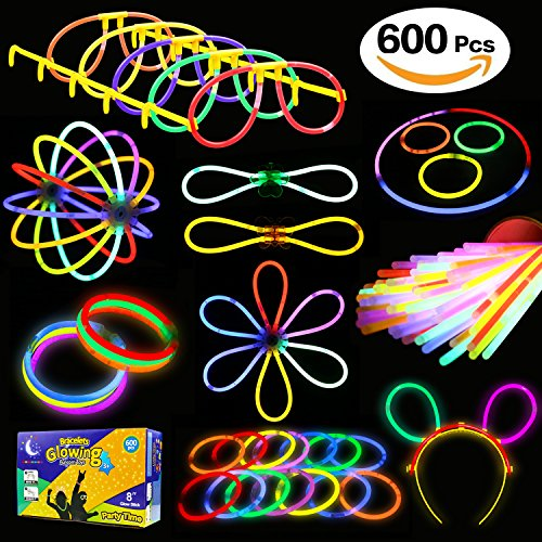 KarberDark Glowstick, (600 Pcs Total) 250 Glow Sticks Bulk 7 Colour and Connectors for Bracelets Necklaces Balls Eyeglasses and More, Funcorn Toys Light up in The Dark Stick for Kid Party Birthday