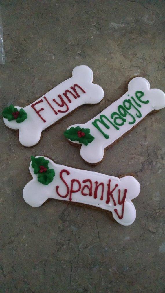 3 personalized Christmas dog treats