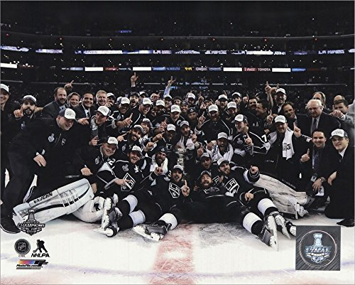 The Los Angeles Kings Celebration on ice Game 5 of the 2014 Stanley Cup Finals Action Laminated Art Print, 10 x 8 inches