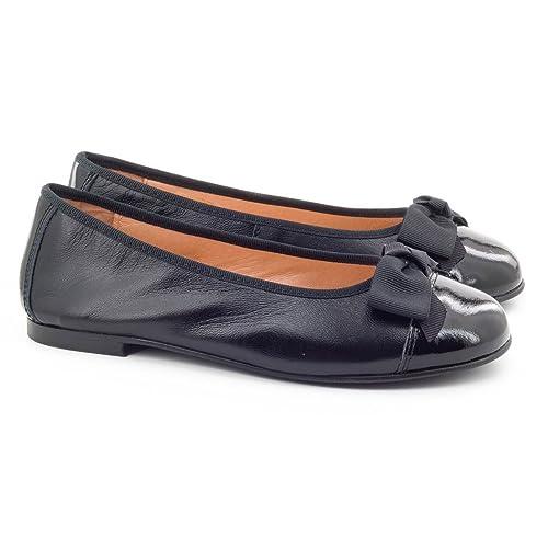 Boni Classic Shoes - Zapatos de Cordones Niñas , Marrón (marrón), 22