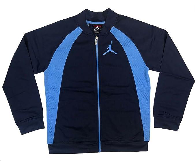 01985c87868 Amazon.com: Nike AIR Jordan Boys' 8-20 JSW Wings Jacket: Sports ...