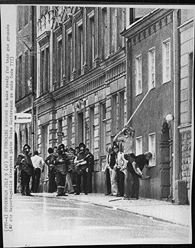 vintage-photo-of-windows-are-broken-for-tear-gas-grenade
