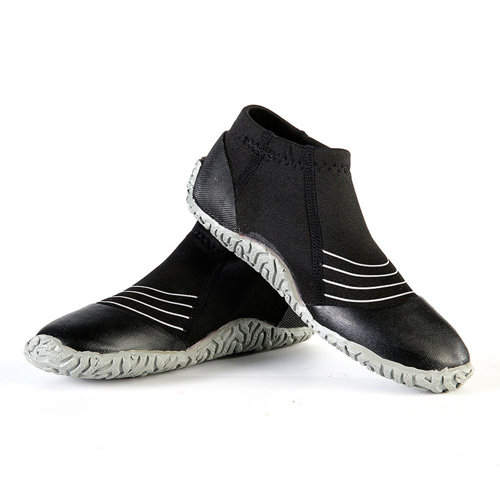 cff56b7aeac2 Amazon.com   A Point 3mm Shoes Wetsuits Premium Neoprene Low Top Pull On Boot  Dive Boots   Sports   Outdoors