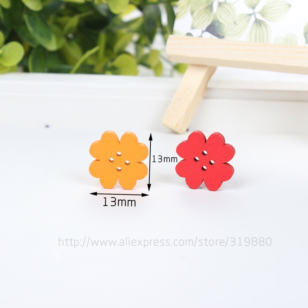 HDTTCX - Botones de madera para manualidades - Botones de madera para coser - 50 piezas de 13 mm 2 agujeros trébol de cuatro hojas botón DIY circular ...
