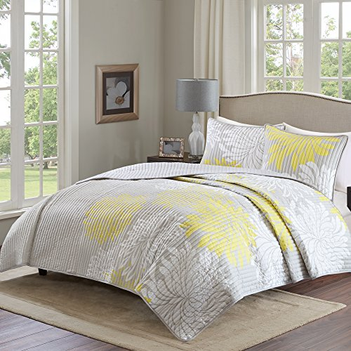 Comfort Spaces – Enya Quilt Mini Set - 3 Piece – Yellow and Grey – Floral Printed Pattern – Full / Queen size, includes 1 Quilt, 2 Shams (Pattern Floral Yellow)