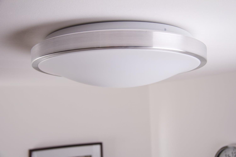 LED Deckenlampe Wutach eckig - LED Deckenleuchte aus Metal ...