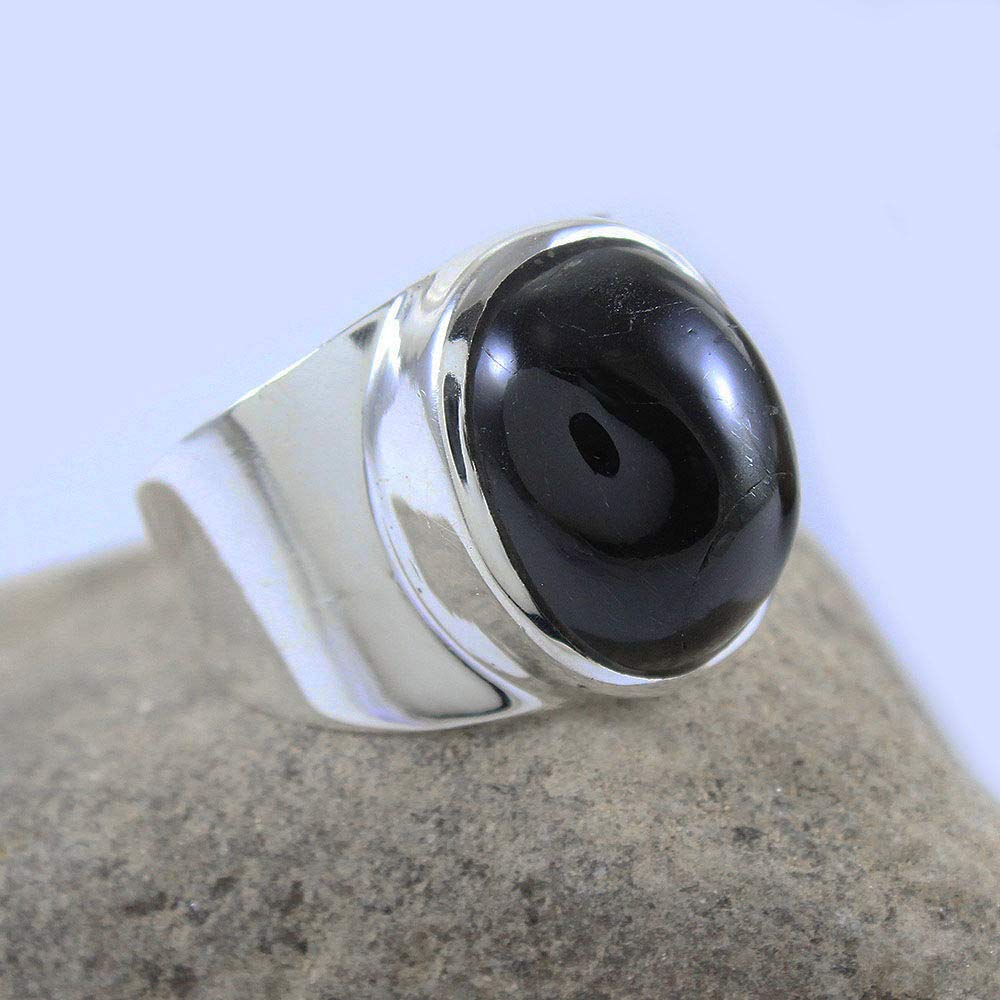 Beautiful Ladies Sterling Silver Black Oynx Ring A Must See! Size 7.75