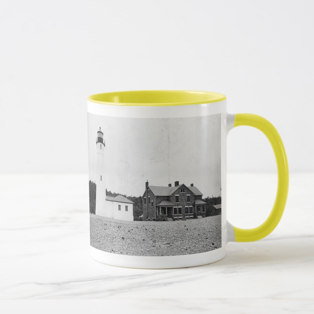 98f39a957ec0 Amazon.com  Zazzle Crisp Point Lighthouse Coffee Mug
