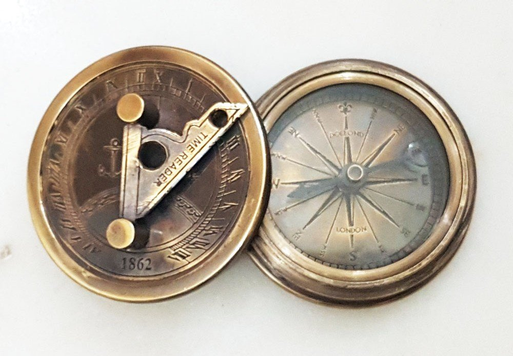Nautical真鍮日時計コンパスMarineアンティーク仕上げ詩コンパス時間リーダーポケットコンパス B06XF1Z2G3