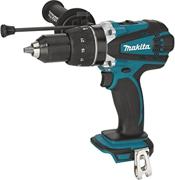 Makita XPH03Z featured image