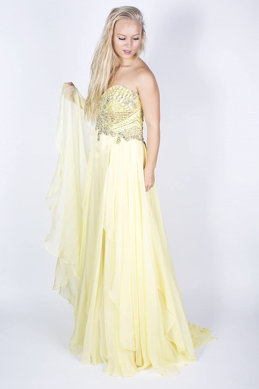 020f6f0eb1a7 Amazon.com: Sherri Hill 3895 Embellished Strapless Dress: Clothing