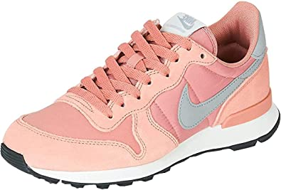 hormigón Cliente defecto  Amazon.com | Nike Women's WMNS Internationalist Fitness Shoes | Road Running
