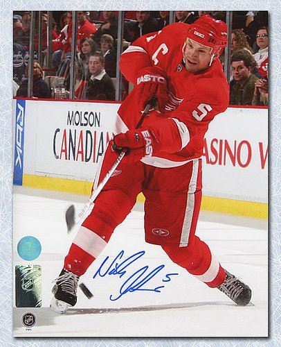 - Nicklas Lidstrom Detroit Red Wings Autographed Slapshot 8x10 Photo - Signed Hockey Pictures