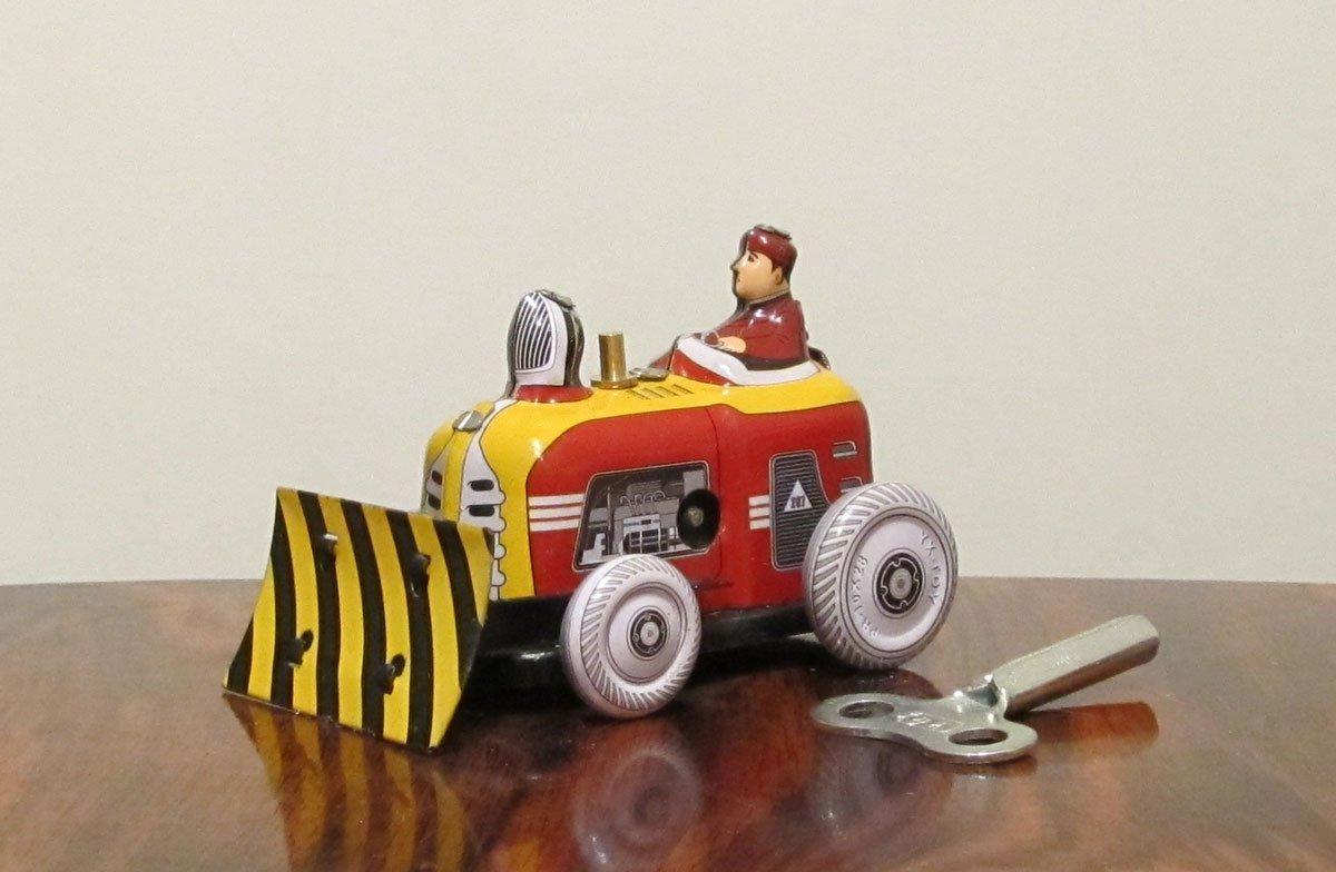 Nostalgie Blechspielzeug Kleiner Bulldozer zum Aufziehen NostalgieDesign
