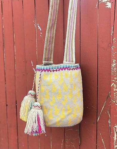 Amazon.com: Premiun One Thread Crossbody Mochila Wayuu Bag ...