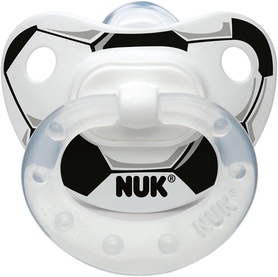 Chupete de silicona con diseño de fútbol con anillo NUK negro ...