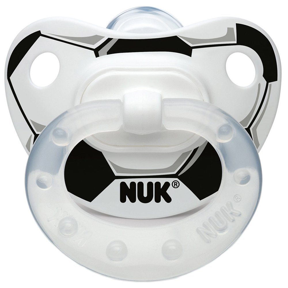 Chupete de silicona con diseño de fútbol con anillo NUK ...