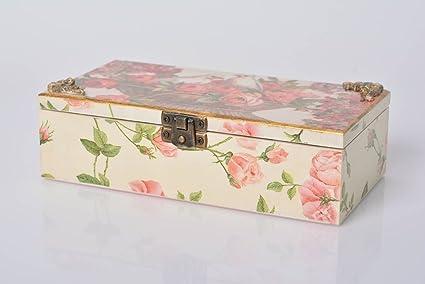 Caja de madera decorada segun la tecnica de decoupage pequena artesanal bonita