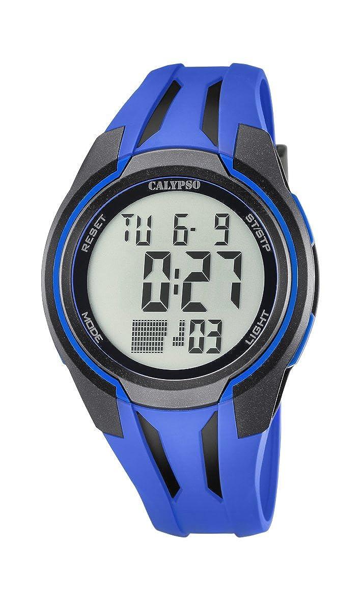 Reloj Digital Unisex con Pantalla Digital LCD, con Esfera y Correa de plástico de Color Azul. Marca Calypso K5703/3