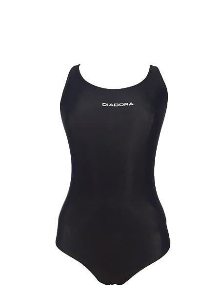 cebb8911ec2d Costume Donna olimpionico Intero Piscina e Mare Diadora Art. 61000:  Amazon.it: Abbigliamento
