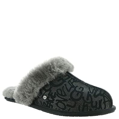 53a72689a41 Amazon.com | UGG Women's Scuffette Ii Sparkle Graffiti Slipper ...