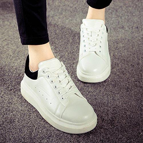 La Sra versión coreana de los zapatos de los deportes de fondo pesado/Los estudiantes se deslizan los zapatos/escogen los zapatos de las mujeres B
