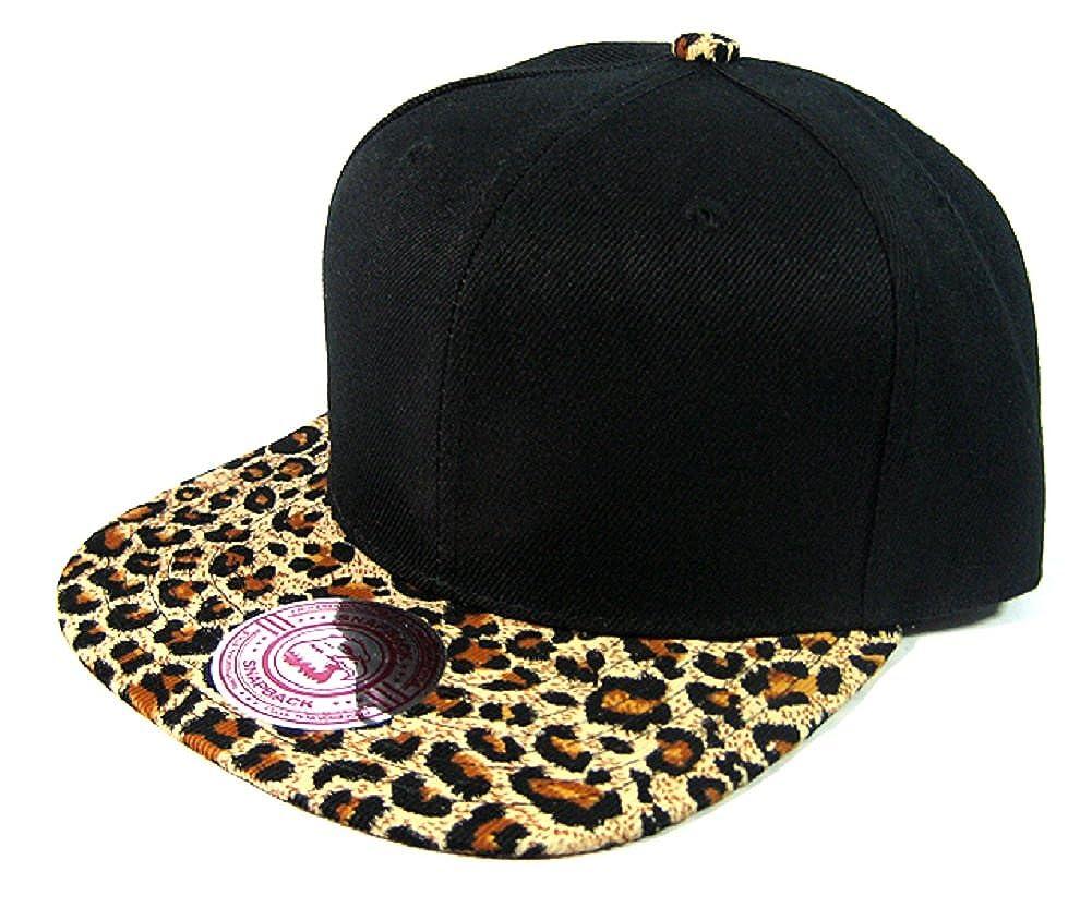 Amazon.com  2 Tone Black   Cheetah   Leopard Print Snapback Hat Cap   Clothing 5fef7ea5158
