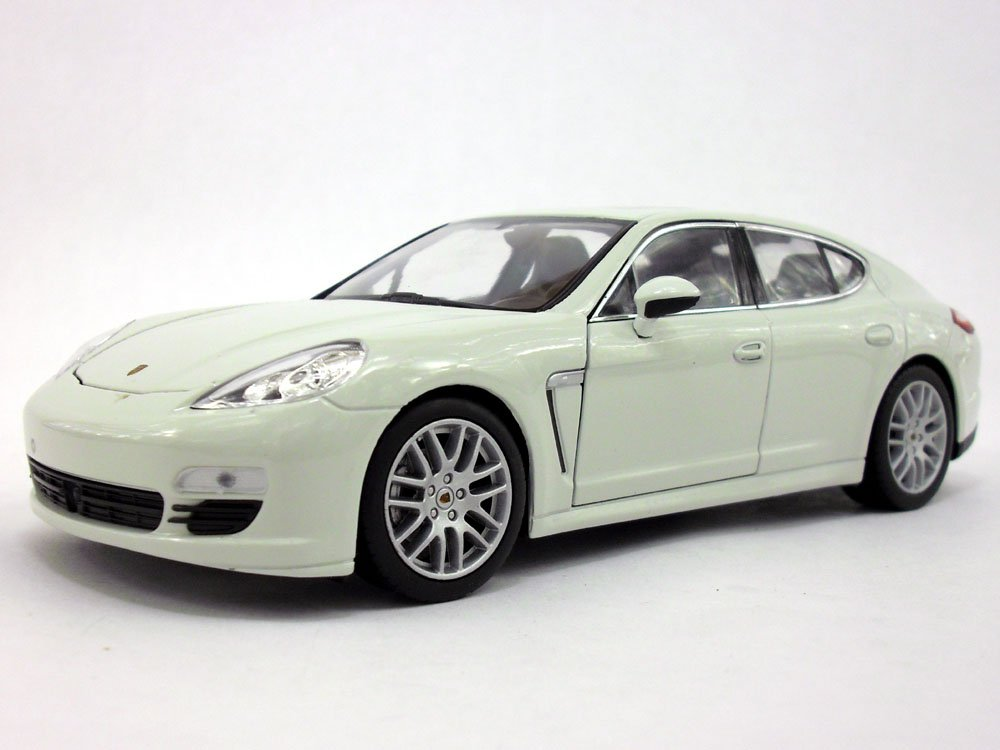 Amazon.com: Porsche Panamera S 1/24 Scale Diecast Metal Model - WHITE: Toys & Games