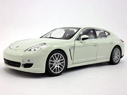 Porsche Panamera S 1/24 Scale Diecast Metal Model - WHITE
