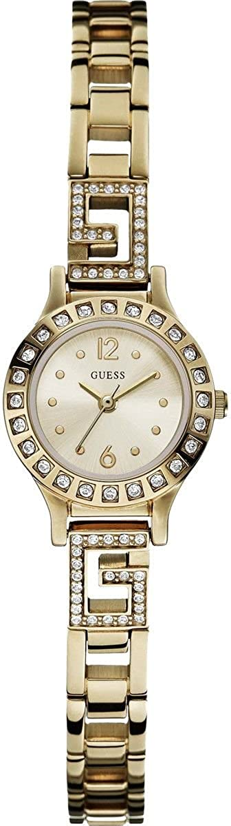 Guess Women s Quartz Watch with Analogue Display and Stainless Steel Bracelet