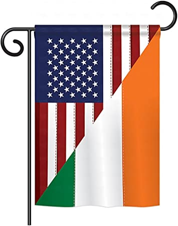 Amazon Com Breeze Decor Us Irish Friendship Flags Of The World Everyday Impressions Decorative Vertical Garden Flag 13 X 18 5 Printed In Usa Garden Outdoor