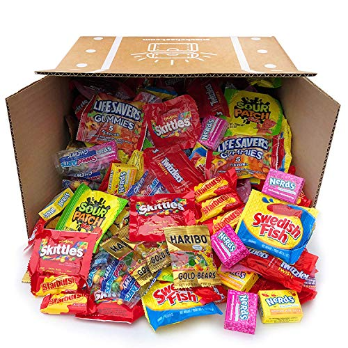 Halloween Assorted Candy Party Mix Bulk Twizzlers Nerds Swedish Fish Sour Patch Skittles Starburst and Much More of Your Favorite Candy. Over 200 Individually Wrapped Candy (90 oz)