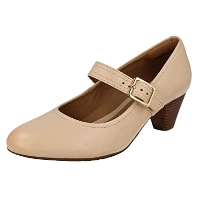 123b1bdc2756 Clarks Womens Smart Clarks Denny Date Leather Shoes In Blush Wide Fit Size  6.5  Amazon.co.uk  Shoes   Bags