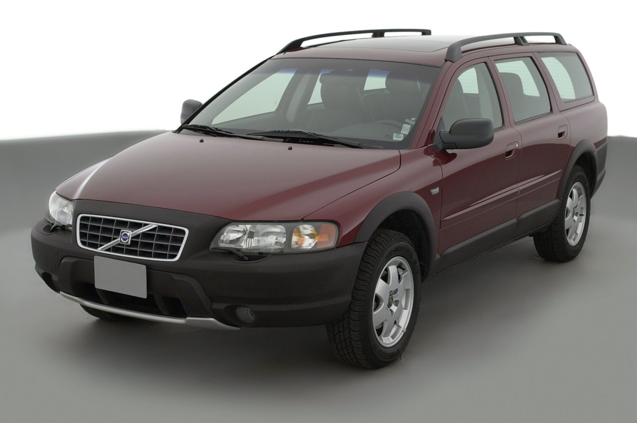 2003 volvo xc70 reviews images and specs. Black Bedroom Furniture Sets. Home Design Ideas
