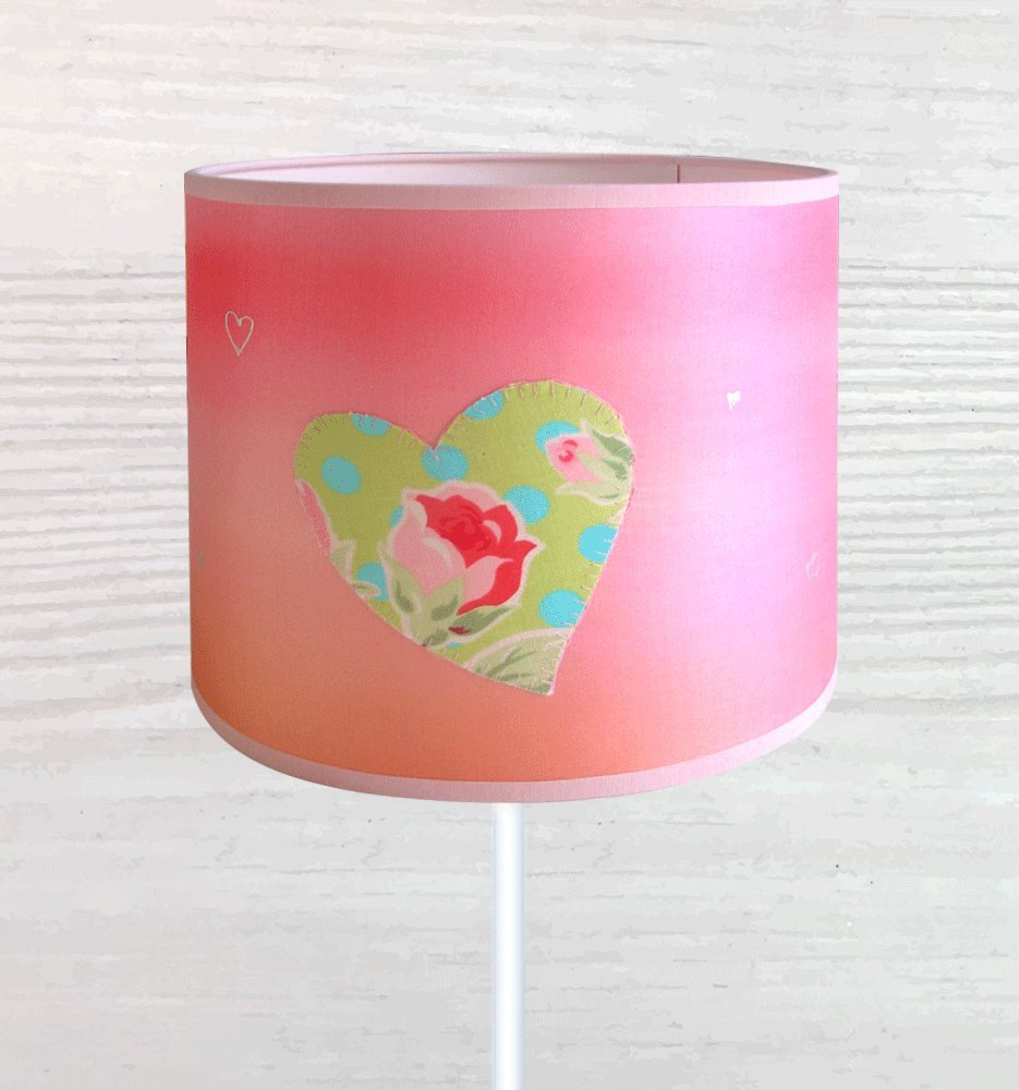 Impresionante pantalla de lámpara infaltil, en seda pintada a mano ...