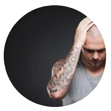alfombrilla de ratón joven hombre tatuado que sostiene la cabeza.: Amazon.es: Electrónica