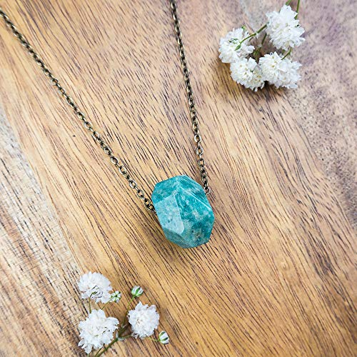 (Small amazonite nugget crystal necklace in bronze - 16