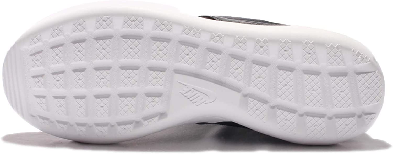 Nike Women\'S W Roshe zwei Hi Flyknit, Black/Black-White, 5 Us