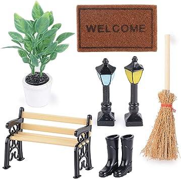 Amazon.es: Kit de 7pcs Miniaturas 1/12 Accesorios Decoración Jardín Mueble - Planta, Banco del Parque, Alfombra, Luz de Calle * 2, Botas de Lluvia, Escoba: Juguetes y juegos