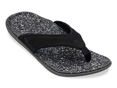 c5084fbc6a7 Amazon.com  Spenco Men s Yumi Leather Sandals   Headband Bundle  Shoes