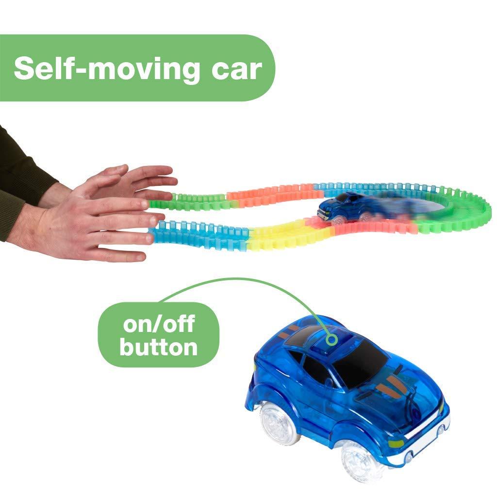Autorennbahn f/ür Kinder ab 3 Jahren Auto Zubeh/ör f/ür Autorennbahn Leuchtende Autos BCdirekt Magic Tracks Starter Double Auto Spielzeug Set