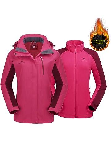 CAMEL CROWN Women s Ski Jacket Winter Jacket Waterproof 3 in 1 Mountain Coat  Windproof Hooded with 2bfb0ef72