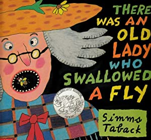 Paperback There Was an Old Lady Who Swallowed a Fly Book