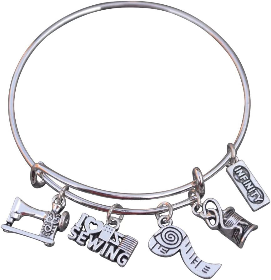 Quilting Charm Bracelet I Love Quilting Bangle Quilt Jewelry Gift for Quilter Sewing Jewelry Quilters