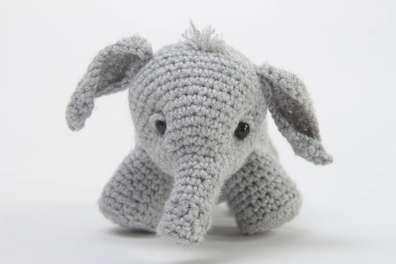Juguete de peluche hecho a mano de color gris animalito tejido regalo original: Amazon.es: Juguetes y juegos