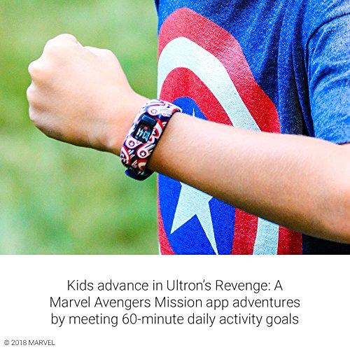 Garmin vívofit jr 2, Kids Fitness/Activity Tracker, 1-year Battery Life, Adjustable Band, Captain America