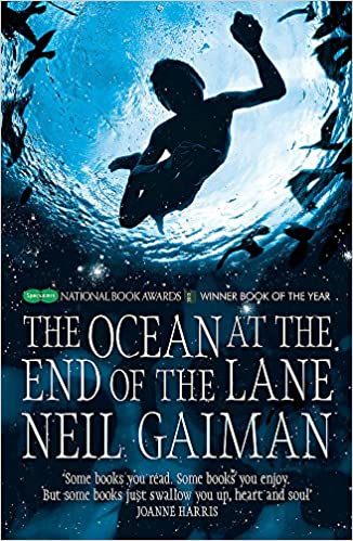 The ocean at the end of the lane neil gaiman 8601404197550 amazon the ocean at the end of the lane neil gaiman 8601404197550 amazon books fandeluxe Image collections