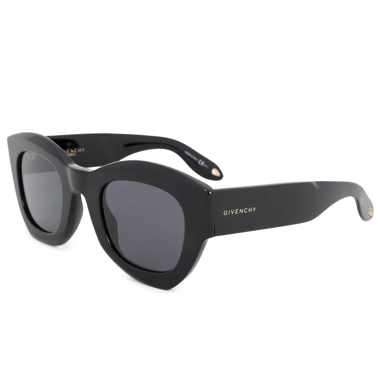 bc2b76793e0 Amazon.com  Givenchy GV7060 S 807 Black GV7060 S Square Sunglasses Lens  Category 3 Size 48m  Givenchy  Clothing