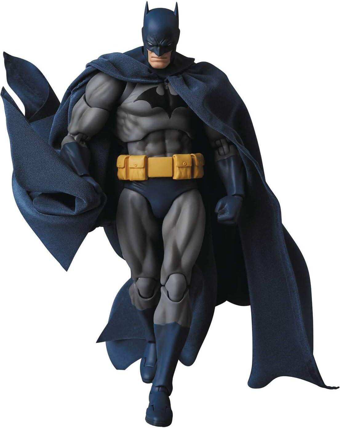 Amazon Com Medicom Dc Comics Batman Hush Mafex Action Figure Toys Games