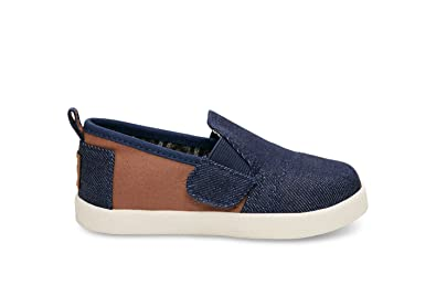 e71bfaa23842 Amazon.com  TOMS Kids Baby Boy s Avalon Slip-On (Infant Toddler ...